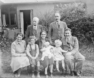 Nashville family counseling - b&w family photo